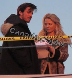 "Colin O'Donoghue and Jennifer Morrison - Behind the scenes - 5 * 17 ""Her Handsome Hero"" - 19th January 2016"