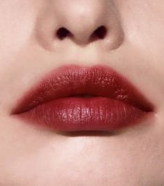Our experts picked the best lip stain based on pigmentation, texture, longevity and formula. We also picked the best peel off lip stain and the best lip stains overall. Make Up Looks, Skin Makeup, Beauty Makeup, Bobbi Brown Lipstick, Matte Lipstick, Best Lip Stain, Bobbie Brown, Make Up Inspiration, Lipsticks