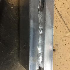 I think I was starting to get a grip on things here at the end. Still terrible but at least I didnt splatter or burn through on this bit. #myfirstweld #awfulwelds #noobwelding #ineedpractice #welding #learningbydoing