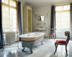 colorful tub ~ Jean-Louis Deniot style