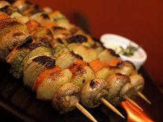 Espetinhos de Vegetais em Marinada de Curry | Receita | Menu Vegano | Rede Social de culinária e nutrição vegana | vegetarianismo, receitas vegetarianas