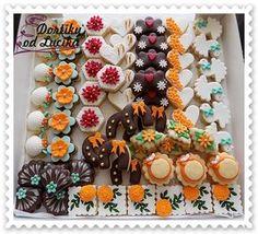 Svatební cukroví :: Dortíky od Lucíka Christmas Sweets, Christmas Baking, Christmas Cookies, Chocolate Chip Cookies, Sugar Cookies, Biscuits, Sweet Bar, Czech Recipes, Fondant Cupcakes