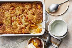 Easy Peach Cobbler Fruit Recipes, Dessert Recipes, Cooking Recipes, Picnic Recipes, Pie Recipes, Fall Recipes, Memorial Day, 13 Desserts, Kitchen