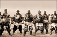 Six Qing dynasty Chinese warriors in 1909.