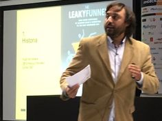 """Juan Pablo Sánchez (@jpsanchez) en su ponencia """"La importancia del buyer's…"""