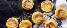 Try our classic Portuguese custard tart recipe. This Pastéis de Nata recipe has an easy step-by-step guide to make the best custard tarts for pastel de nata Tart Recipes, Baking Recipes, Dessert Recipes, Party Desserts, Sweet Recipes, Portuguese Desserts, Portuguese Recipes, Portuguese Tarts, Portuguese Food