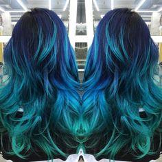 Cool hair color, aqua hair color, green hair colors, rainbow hair c Aqua Hair Color, Blue Green Hair, Green Hair Colors, Hair Dye Colors, Cool Hair Color, Teal Blue, Teal Ombre Hair, Ombre Colour, Ombre Green