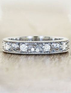 """Emeli"" wedding ring ~ we ❤ this! moncheribridals.com #JewelryDesign"