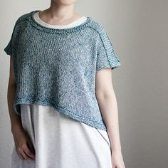 """""""Aqua"""" is an oversized casual top, which can be worn either as a sleeveless summer shirt or as a comfy long-sleeved sweater. Summer Knitting, Free Knitting, Simple Knitting, Sweater Knitting Patterns, Summer Shirts, Casual Tops, Long Sleeve Sweater, Crochet Top, Knitwear"""