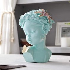 🦋Summer Girl sculpture will successfully emphasize your adorable interior. ⠀ Choose your favourite color and enjoy fast shipping. Angel Sculpture, Art Sculpture, Modern Sculpture, Decor Crafts, Home Crafts, Home Decor Sculptures, Desk In Living Room, Decoration Table, Desk Decorations