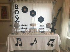 Joy K's Birthday / Music - Rock Star Birthday Party at Catch My Party Rockstar Party, Rockstar Birthday, Music Theme Birthday, Music Themed Parties, Rock And Roll Birthday, Disco Party, Birthday Party Decorations, Music Party Decorations, Rock Stars