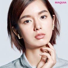 「MAQUIA」5月号に掲載中の『大人のハーフ顔メイク』特集から、メイクアップアーティスト耕万理子さんが教える、太眉づくりの攻略ポイントをお届けします。骨格をキリッと引き締める!ナチュラルな太眉「攻略ポイントは太さ、平行的なフォルム、... Makeup, Make Up, Beauty Makeup, Bronzer Makeup