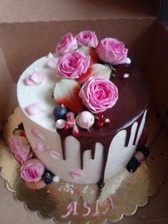 Birthday Cake, Desserts, Birthday Cakes, Deserts, Dessert, Postres, Cake Birthday, Food Deserts