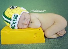 Crochet Green Bay Packers Helmet Hat by ALotofLoops on Etsy- Ben's future kids Packers Baby, Go Packers, Packers Football, Green Bay Packers Helmet, Green Bay Packers Fans, Crochet Baby, Hat Crochet, Crochet Crafts, Crochet Ideas
