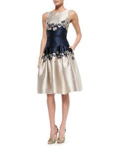 B2T4B Carolina Herrera Sleeveless Two-Tone Dress W/ Daisies