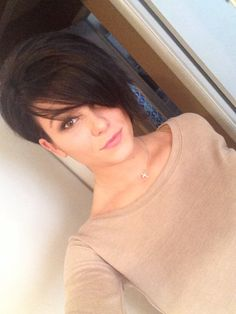 New hair cut and loving it. Frankie Sandford inspired it