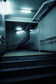 Stand Tall and Shake the Heavens / sci fi / cyberpunk interior