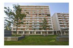 Lisboa, Parque das Conchas. Apartamento T3 com 2 lugares de garagem e arrecadação em condomínio fechado, impecável. Vendido em Novembro de 2015 por 380 mil euros. Vendido por Diogo Neto.