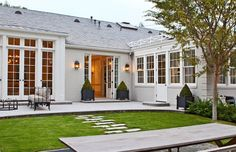 gwyneth paltrow chris martin new los angeles home Outdoor Spaces, Outdoor Living, One Level Homes, Small Barns, Mansion Interior, Storey Homes, Los Angeles Homes, Celebrity Houses, Gwyneth Paltrow
