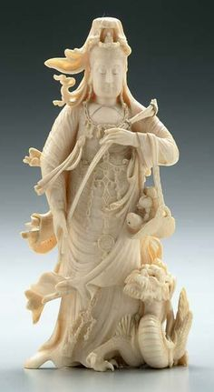 japanese okimono | 591: Japanese ivory [okimono] of Guanyin, : Lot 591