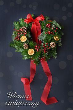 Jak zrobić wieniec świąteczny?