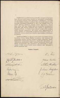 """Itsenäisyysjulistus liittyy senaatin 4.12.1917 pitämään istuntoon, jossa senaatin talousosaston puheenjohtaja P. E. Svinhufvud ilmoitti eduskunnalle käsiteltäviksi annettavat hallituksen esitykset. Ensimmäinen niistä oli ilmoitus Ståhlbergin perustuslakikomitean valmistelemasta esityksestä Suomen uudeksi hallitusmuodoksi, """"joka on rakennettu sille perusteelle, että Suomi on oleva riippumaton tasavalta"""". Samana päivänä on allekirjoitettu senaatin Suomen kansalle osoittama… Finnish Words, Finnish Language, Night Shadow, Language Study, Fight For Us, Finland, Nostalgia, Freedom, Education"""