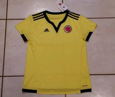 NWT ADIDAS Colombia National Team  Soccer Jersey Women s Small