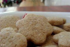 עוגיות קינמון פרווה, עוגיות של פעם הן קלות להפליא כיף לאכול אותן אמא שלי הייתה מכינה כאלה כשהיינו ילדים ומה שמיוחד בהן שהן על בסיס שמן.....