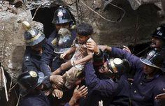 http://buzzly.fr/47-photos-puissantes-qui-rendent-hommage-a-ces-gens-qui-risquent-leur-vie-pour-sauver-celle-des-autres-47.html