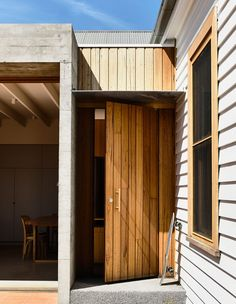 A WOW-factor Extension in Brunswick (The Design Files) Brunswick House, Porch Kits, Building A Porch, Melbourne House, Home Improvement Loans, House With Porch, Wow Factor, The Design Files, Screened In Porch