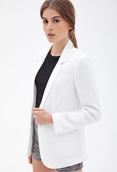 Forever 21 is the authority on fashion & the go-to retailer for the latest trends, styles & the hottest deals. Shop dresses, tops, tees, leggings & more! Coats For Women, Jackets For Women, Forever 21 Fashion, Gina Tricot, Boyfriend Blazer, Printed Blazer, Leggings, Outerwear Women, Business Fashion