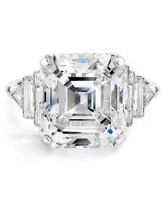 Elizabeth Taylor: Oversize Diamond Ring -  Elizabeth Taylor's ring from husband number six, Richard Burton, is still one of the most dazzling rocks