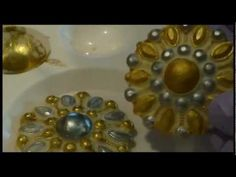 How to use your Silicone Brooch Molds and how to decorate Gumpaste Brooches