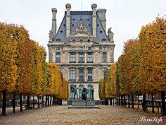 Jardin des Tuileries - Paris, FRANCE