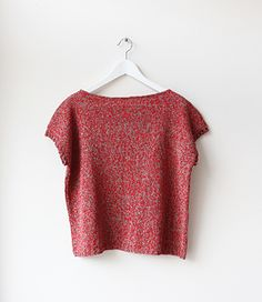 Love this boatneck tee. Free pattern on Ravelry.
