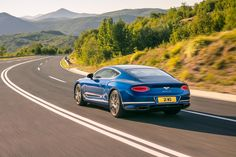 Bentley has taken the wraps off its new Bentley Continental GT, the definitive Grand Tourer. Bentley Continental Gt, New Bentley, Bentley Motors, Gt Cars, Pikes Peak, Car Prices, Porsche Panamera, Twin Turbo, Counting Cars