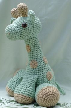 amigurumi giraffe by TheArtisansNook on DeviantArt Knit Or Crochet, Cute Crochet, Crochet Crafts, Crochet Dolls, Crochet Baby, Crotchet Patterns, Amigurumi Patterns, Crochet Giraffe Pattern, Knitting Projects