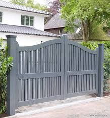 Gartenpforte OHLAND – Friesenwall SYlt Driveway Gates Portas de entrada A Modern Smart Home House Front, Front Garden, House Exterior, House Gate Design, Wooden Garden Gate, Entrance Gates Design, Gates And Railings, Front Gate Design