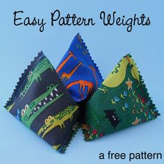 Sewing Gadgets Delightful free pattern for all kinds of needlework from Shiny Happy World. ~cw - A quick and easy pattern weight tutorial, perfect for a quick sew-together treat for yourself or a stitching friend. They come together in minutes! Small Sewing Projects, Sewing Hacks, Sewing Tutorials, Sewing Crafts, Sewing Tips, Sewing Ideas, Sewing Lessons, Sewing Box, Easy Projects