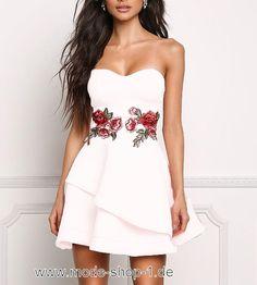 Sommerkleid in Weiss mit Stickerei #damenmode #damenkleider #fashion #dress