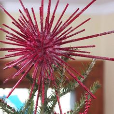 A tree isn't complete without a pretty Christmas tree topper. Whether it's a simple bow, a beautiful bouquet, or a unique tree topper you can make yourself, these Christmas tree topper ideas are the perfect finish to your beautiful holiday tree. Diy Christmas Tree Topper, Pretty Christmas Trees, Pink Christmas, All Things Christmas, Christmas Holidays, Christmas Crafts, Christmas Decorations, Christmas Vignette, Merry Christmas