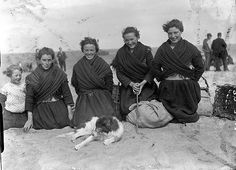 [[Group of young girls on the Aran Islands wearing traditional clothes] by Independent Newspapers (Firm) Published / Created: May Traditional Irish Clothing, Traditional Outfits, Galway Ireland, Cork Ireland, Erin Go Braugh, Old Irish, Images Of Ireland, Irish People, Irish Culture