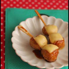 おかずにもお弁当にも!みんな大好き鶏つくねチーズ+by+山本リコピンさん+|+レシピブログ+-+料理ブログのレシピ満載! ++ いつも見て下さって本当にありがとうございます!!↑ポチっとクリックで応援してやって下さいませ♪おはようございます!昨日は、本気で寒い一日でしたね~しかも雨。。。朝は、陽が出ていて晴れるかと思って...