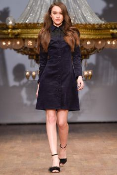 Ida Sjöstedt Stockholm Fall 2015 Collection Photos - Vogue