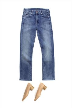 4780ad21a61 MOTHER earns her keep. Her true-blue skinnies with a faded wash put in