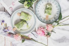 Pale Green Smoothie Popsicles   xo amys