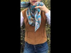 How To Tie The Buckaroo Square Knot by Flat Hat Rags girl Amanda Stinemetze - YouTube