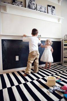 Chalkboard wall and chalk shelf above! And CUTE picture shelves at the top! - Lovelymine - Chalkboard wall and chalk shelf above! And CUTE picture shelves at the top! Chalkboard wall and chalk shelf above! And CUTE picture shelves at the top! Ideas Habitaciones, Picture Shelves, Picture Ledge, Photo Shelf, Photo Ledge, Book Shelves, Picture Frames, Kids Play Area, Toy Rooms