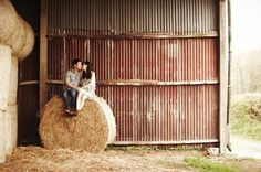 Faulkner's Ranch: Wedding Wednesday: Rustic Themed Engagement Photos