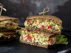 Guacamole-Sandwich mit Hähnchen